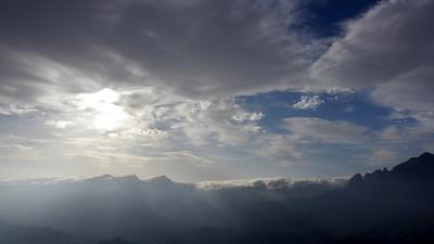 Même si de gros nuages ont l'air menaçant, nous décidons de tenter le coup... Les conditions sont trop idéales pour renoncer !