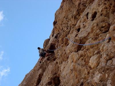L59, mur de tafonis en 4+/6a, un vrai régal !