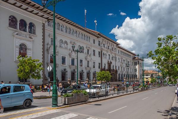 Palacio de Justicia, Avenida el Sol
