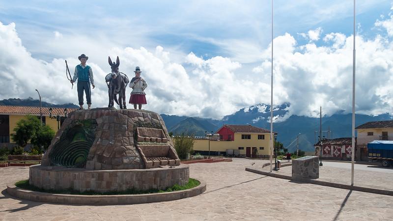 Plaza de Armas, Maras, Pérou