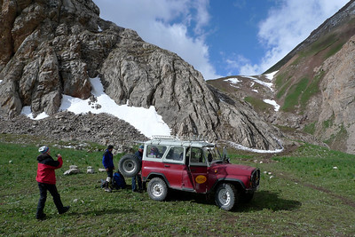 Dépose en Jeep au bout de la prairie, vers 3700m