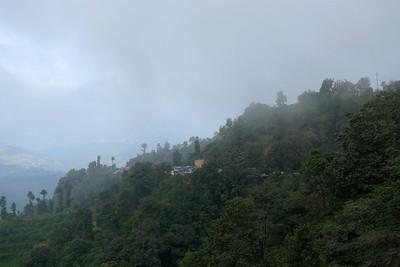 Un peu d'encombrement ce matin là... ah les routes Népalaises !