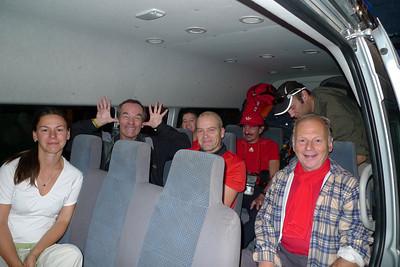 Le dream team, avec Juju, François, Alaing, Marleen, Egide, Régis et Dany-dany... JP et Sylvie ne sont pas là puisqu'ils font bande à part en avion.