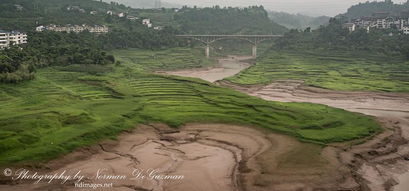 Gradual water levels on Yantze River