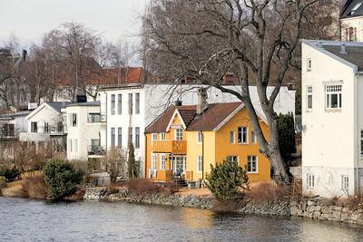 Trondheim - Rivage de la Nidelva face au Spectrum