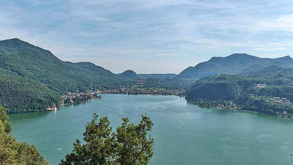 Lago di Lugano - Vue depuis Morcote vers Porto Ceresio et Cuasso Al Monte (Italie)