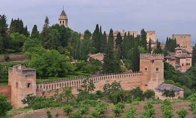 Granada - Alhambra - Tours (del Cadi, de los Picos, de las Damas)