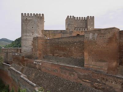 Granada - Alhambra - Alcazaba - Tour de l'Hommage et Tour Fendue