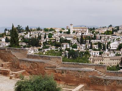 Granada - Alhambra - Vue du quartier San Nicolas depuis l'Alcazaba