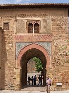 Granada - Alhambra - Puerta del Vino