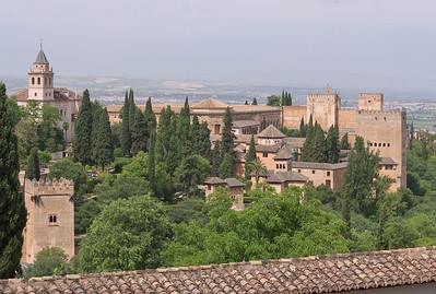 Granada - Alhambra (Vue Est) - Torre de los Picos, Santa Maria de la Alhambra, Torre de las Damas, Palacios, Alcazaba