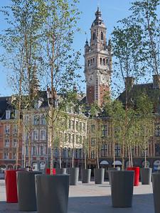 Lille - Place du Général de Gaulle et Tour de la Chambre de Commerce