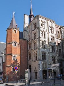 Lille - Palais Rihour et sa tour octogonale en briques