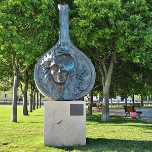"""Belem - """"Guitarra na proa"""" - Sculpture de Domingos de Oliveira"""