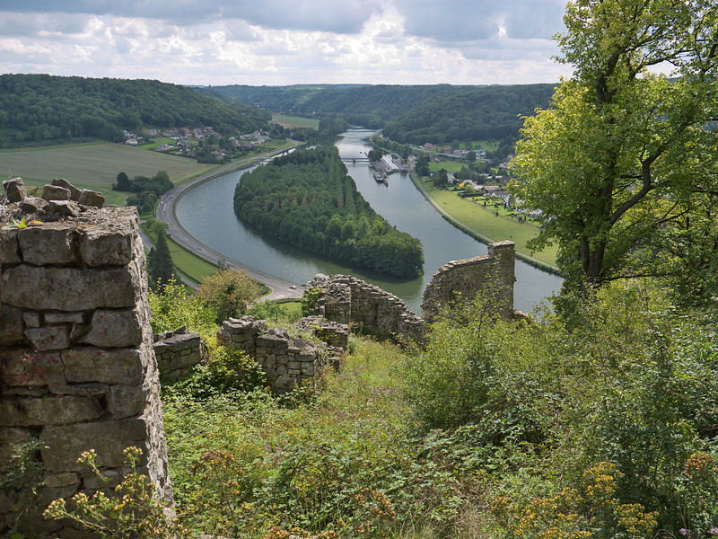 La Meuse à Houx, depuis le site médiéval de Poilvache (Yvoir, Belgique, 2011)