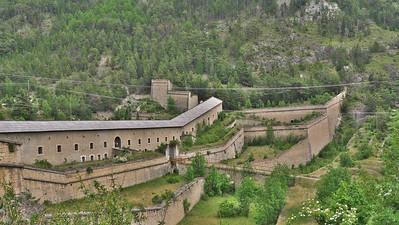 """Briançon - Fort """"Communication Y"""" entre le Fort des Trois Têtes et le Fort de Randouillet"""