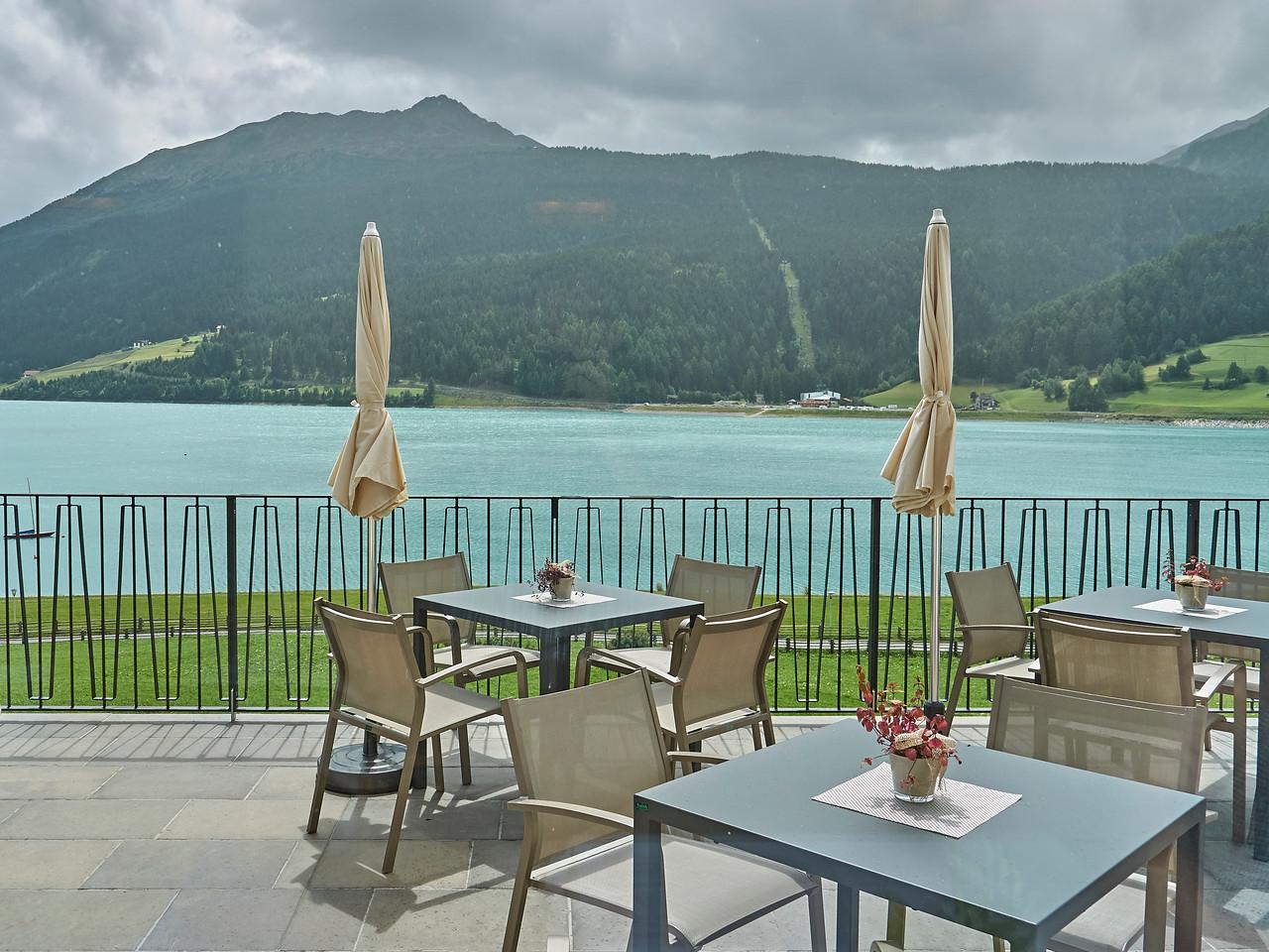 Lago di Résia (Reschensee) - Seehotel