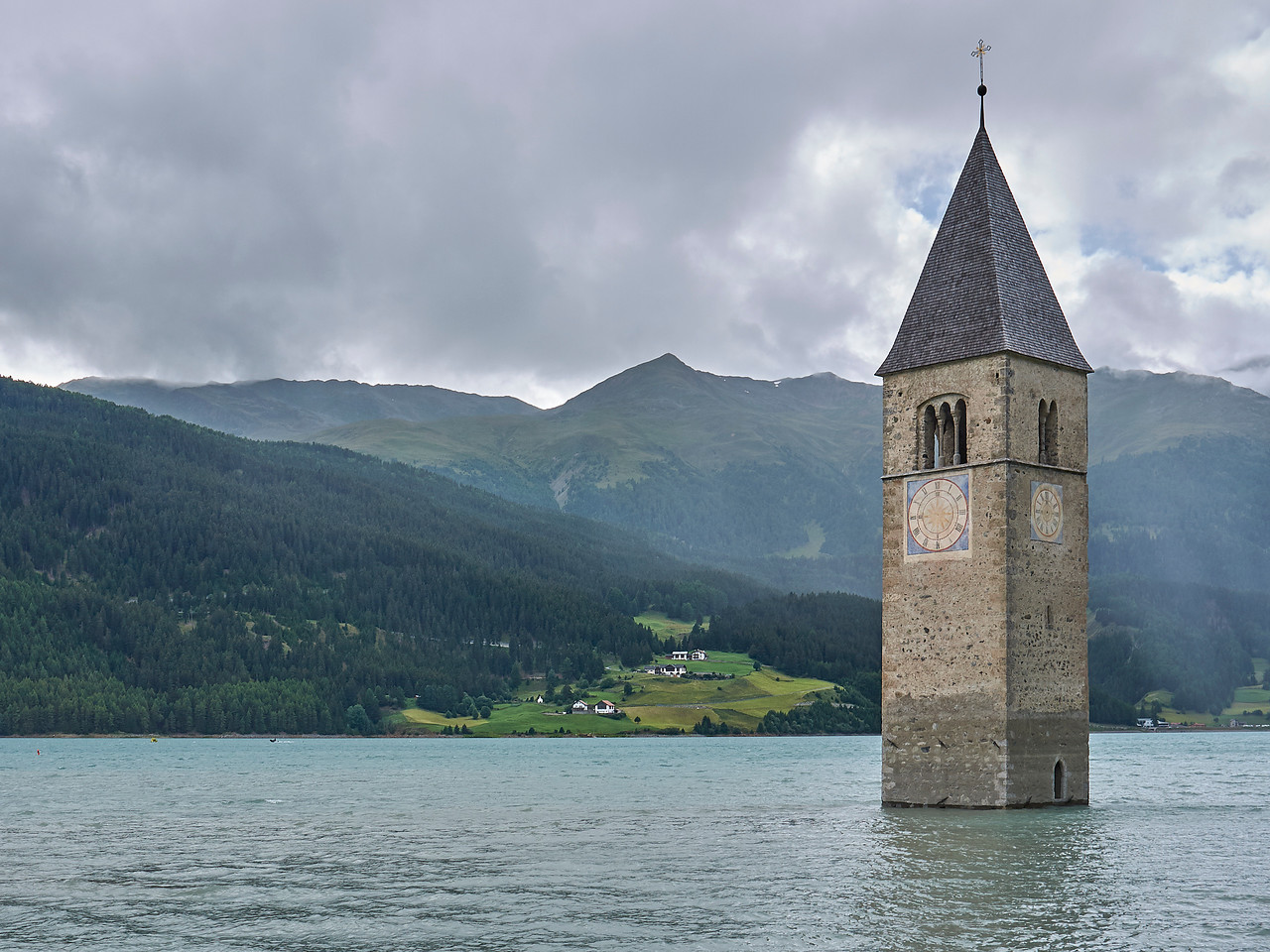 Campanile di Curon Venosta - Lago di Résia