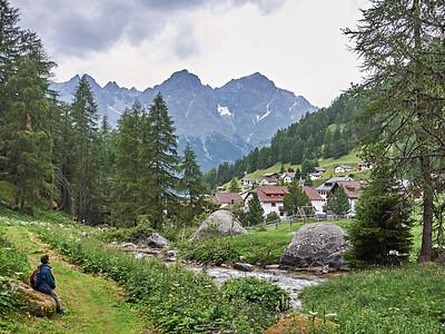 Courte randonnée au départ de Val S-charl