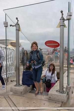 F20150620a200054_6020-Martine-sommet de l'Arc de Triomphe