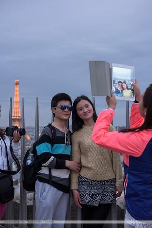 F20150620a210551_6080-photo avec iPad-asiatiques