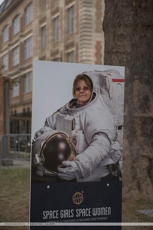 F20150620a102642_5780-Martine en astronaute