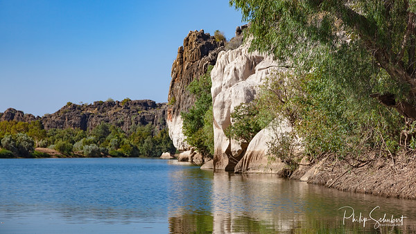 Landscape view of cliffs in Geikie Gorge, Fitzroy Crossing, Western Australia