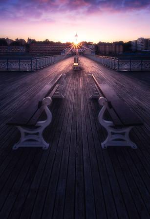 Last burst of light Penarth Pier 039102017