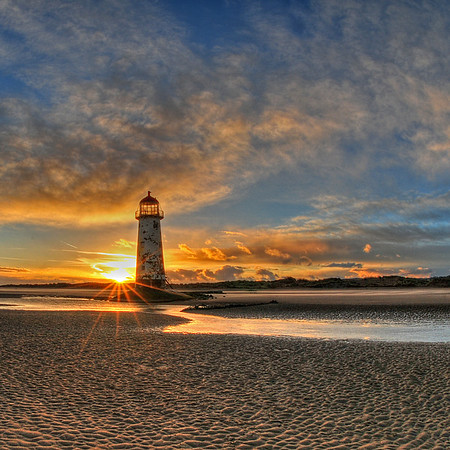 Lighthouse_Talacre_N Wales_Andy Robinson_131112017