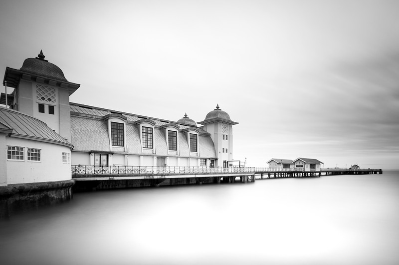 PENARTH PIER_BLACK AND WHITE_LANDSCAPE_VALE OF GLAMORGAN_SCOTT WARNE_001062017