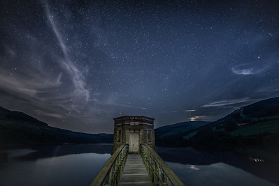 TALYBONT RESERVOIR IN BRECON BEACONS, SOUTH WALES. BY CHRIS POMEROY