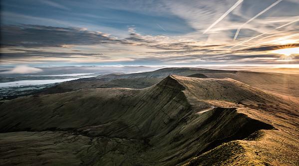 Sunrise over Cribyn_Brecon Beacons_Landscape_Karl McCarthy_016102017