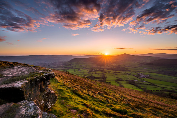 Skirrid Fawr Sunset_Brecon Beacons_Landscape_Karl McCarthy_016102017
