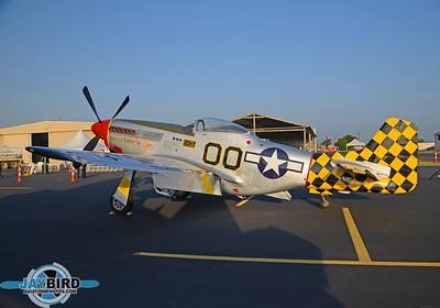 P-51;NL51MV