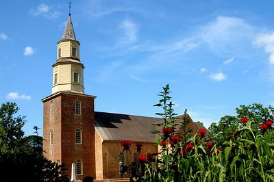 Bruton Parish Church outside