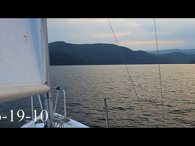 A summer sunset sail on Lake Jocassee! Music by Donavon Frankenreiter (Free)