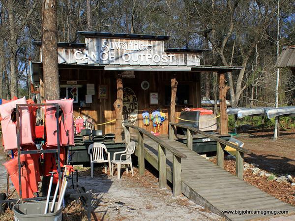 Suwannee Canoe Outpost!