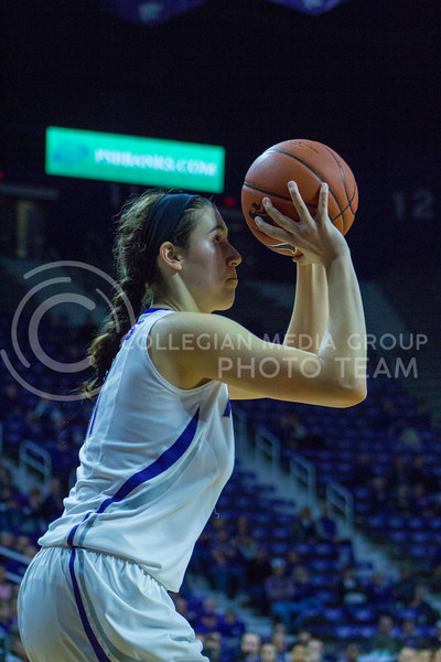 Freshman forward Peyton Williams shoots the ball during the K-State game against Texas in Bramlage Coliseum on February 27, 2017. (Maddie Domnick   The Collegian)