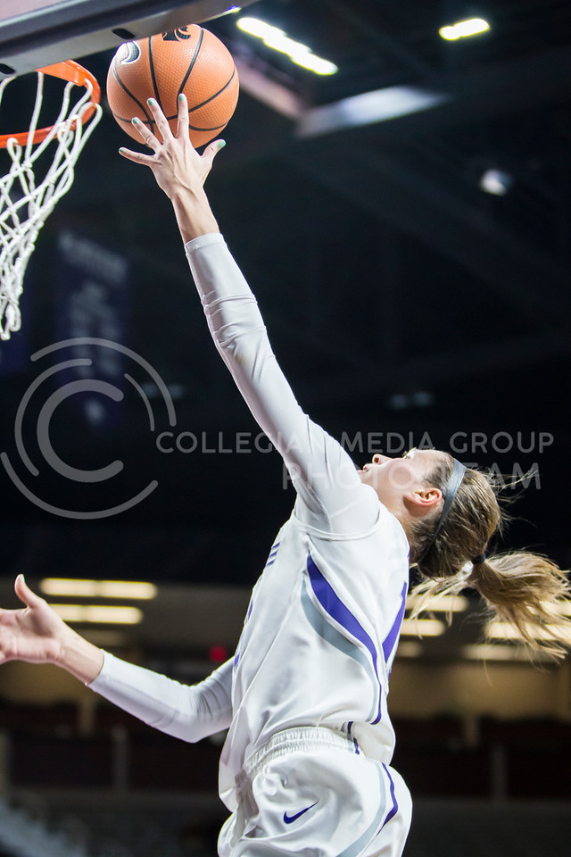 Junior guard Kayla Goth charges the basket for a layup against Texas Tech in Bramlage Coliseum on Feb. 7, 2018. The Wildcats defeated Red Raiders with a final score of 83-69. (Logan Wassall | Collegian Media Group)
