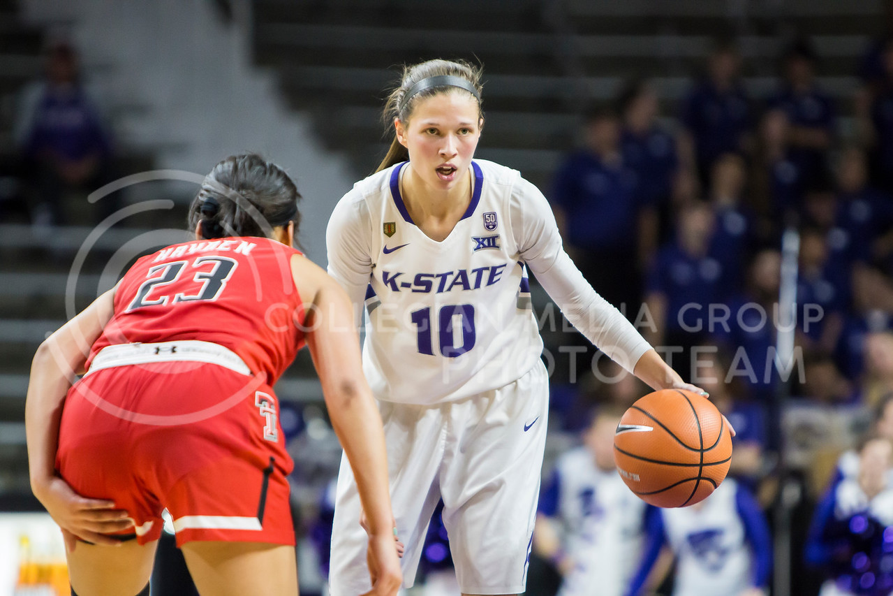 Junior Guard Kayla Goth prepares for a play against Texas Tech in Bramlage Coliseum on Feb. 7, 2018. The Wildcats defeated Red Raiders with a final score of 83-69. (Logan Wassall | Collegian Media Group)