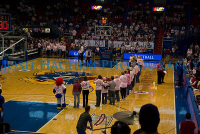 February 22, 2009  KU v ISU WBB Pink 011
