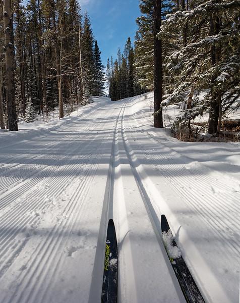 Chuck O'Vision ski tip shot on West Crystal Line
