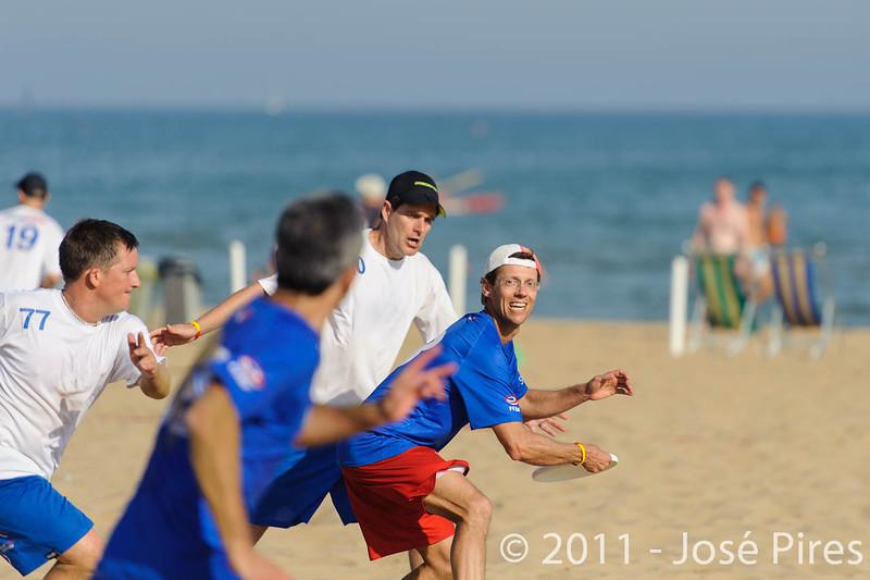WCBU2011, Lignano Sabbiadoro, Italy.<br /> France vs Great Britain. Grand Master Division<br /> PhotoID : 2011-08-24-0412