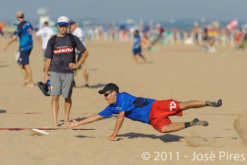 WCBU2011, Lignano Sabbiadoro, Italy.<br /> France vs Great Britain. Grand Master Division<br /> PhotoID : 2011-08-24-0407