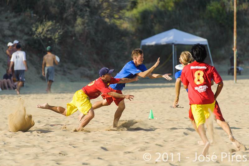 WCBU2011, Lignano Sabbiadoro, Italy.<br /> France vs Philippines. Open Division<br /> PhotoID : 2011-08-25-0707