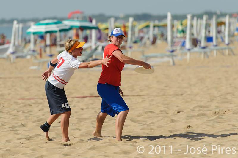 WCBU2011, Lignano Sabbiadoro, Italy.<br /> Belgium vs Great Britain. Women Division<br /> PhotoID : 2011-08-23-0126