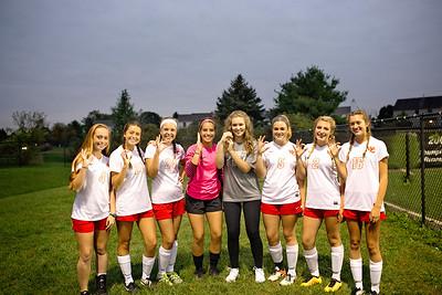 Senior Girls Soccer 2017-18 9