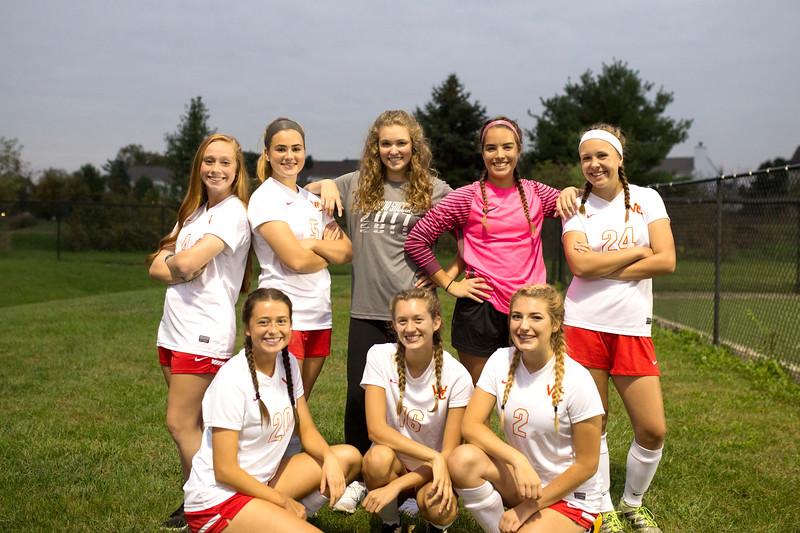 Senior Girls Soccer 2017-18 6