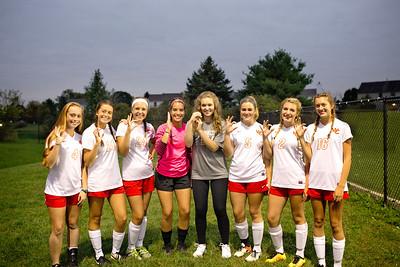 Senior Girls Soccer 2017-18 10