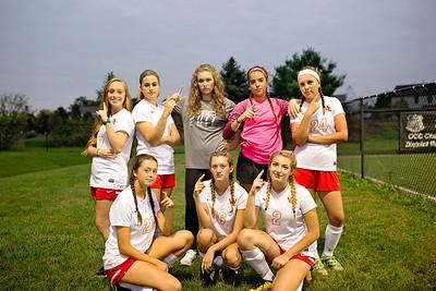 Senior Girls Soccer 2017-18 5
